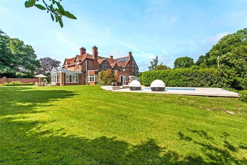 5 Bedrooms Semi Detached House for sale in Hall Lands House, Hall Lands Lane, Fair Oak, SO50