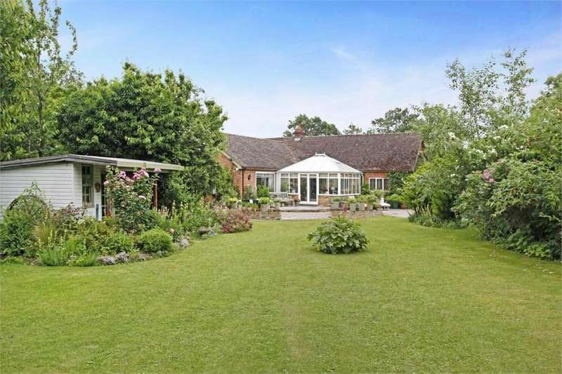 3 Bedrooms Detached Bungalow for sale in New Barn, Kent