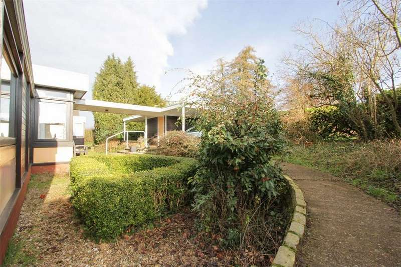 4 Bedrooms Detached Bungalow for sale in Dykebeck, Wymondham, Norfolk