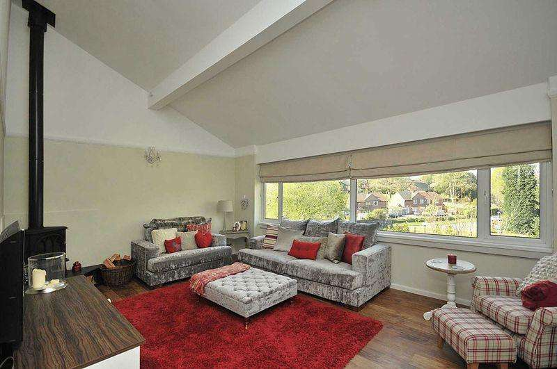 3 Bedrooms Link Detached House for sale in Branden Drive, Knutsford