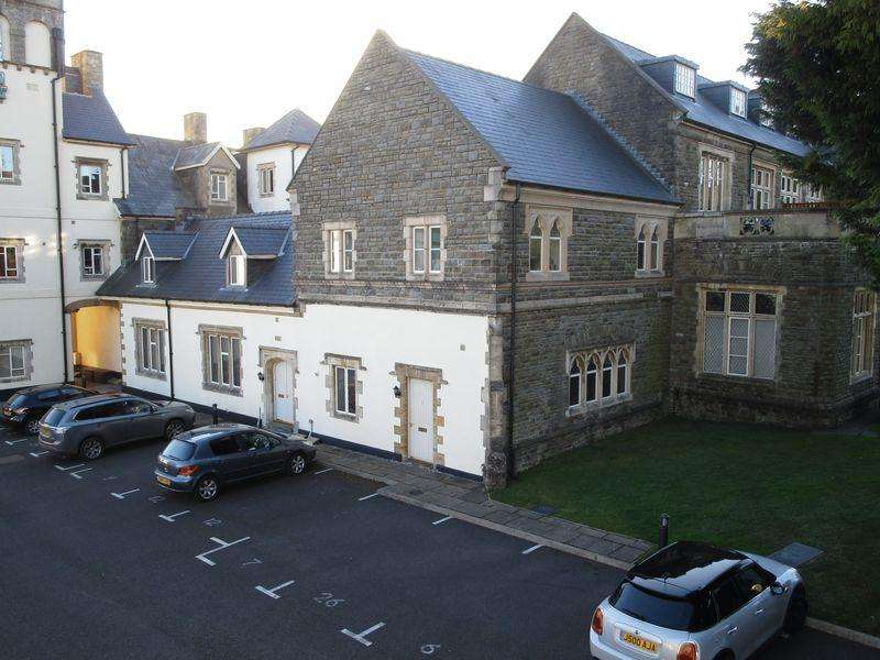 3 Bedrooms Apartment Flat for sale in 6 The Manor, Talygarn, Rhondda Cynon Taff, CF72 9WT