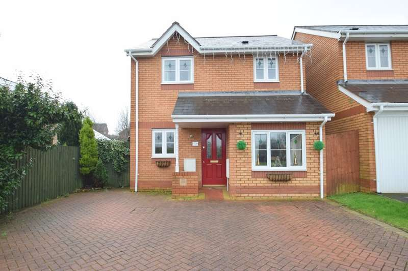 3 Bedrooms Detached House for sale in 71 Llys Pentre, Broadlands, Bridgend, Bridgend County Borough, CF31 5DY.