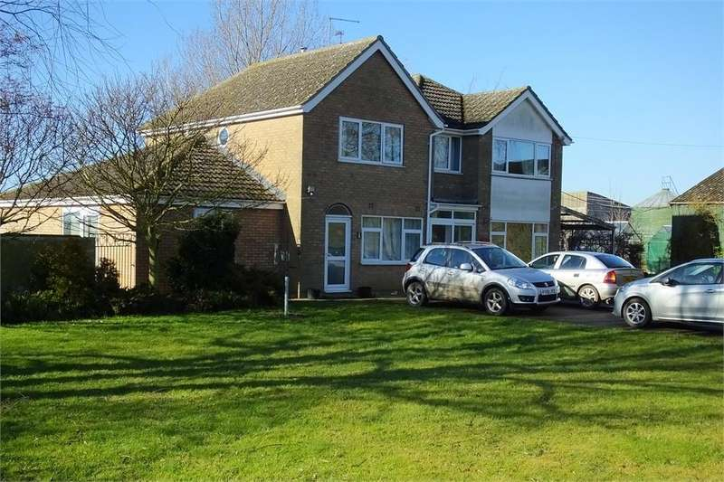 5 Bedrooms Detached House for sale in Fenside Road, Boston West, Boston, Lincolnshire