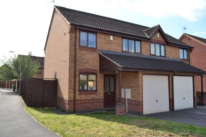 3 Bedrooms Semi Detached House for sale in Newark, Clarks Lane