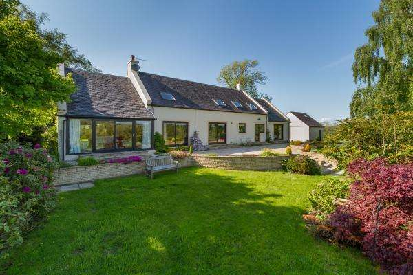 5 Bedrooms Detached House for sale in Cloncaird, By Ayr, Ayrshire, KA6