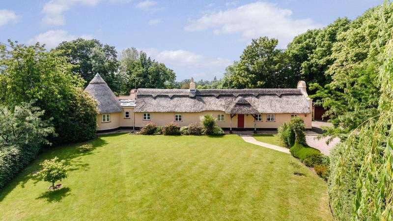 3 Bedrooms Detached Bungalow for sale in Parkgate Road, Mollington, Chester, CH1