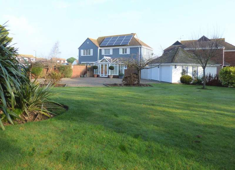 4 Bedrooms Detached House for sale in Chawkmare Coppice, Aldwick, Bognor Regis PO21