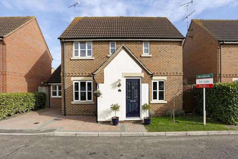 3 Bedrooms Detached House for sale in Mirosa Reach, Maldon, Essex, CM9