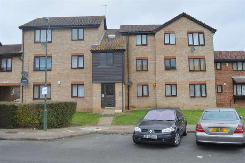 2 Bedrooms Flat for sale in Halifield Drive,Belvedere,Kent