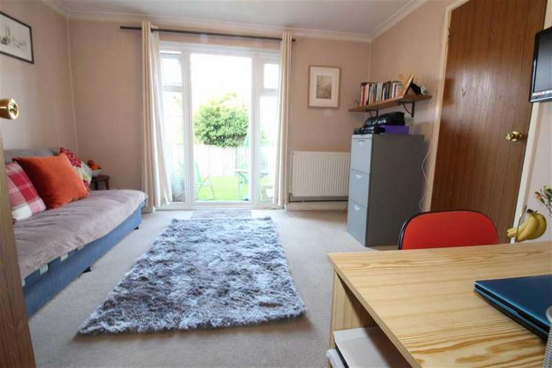 1 Bedroom Property for sale in Mayford Close, Beckenham, BR3