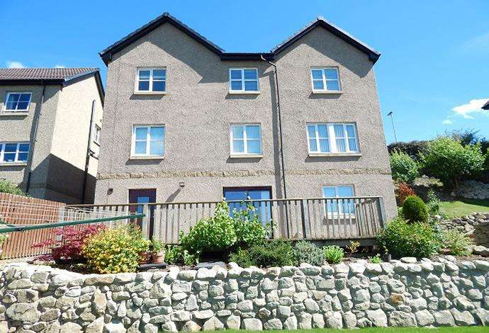 5 Bedrooms Detached House for sale in 9 Ellwyn Terrace, Galashiels, TD1 2BA