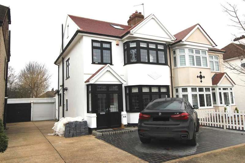 4 Bedrooms Semi Detached House for sale in Melstock Avenue, Upminster, Essex, RM14