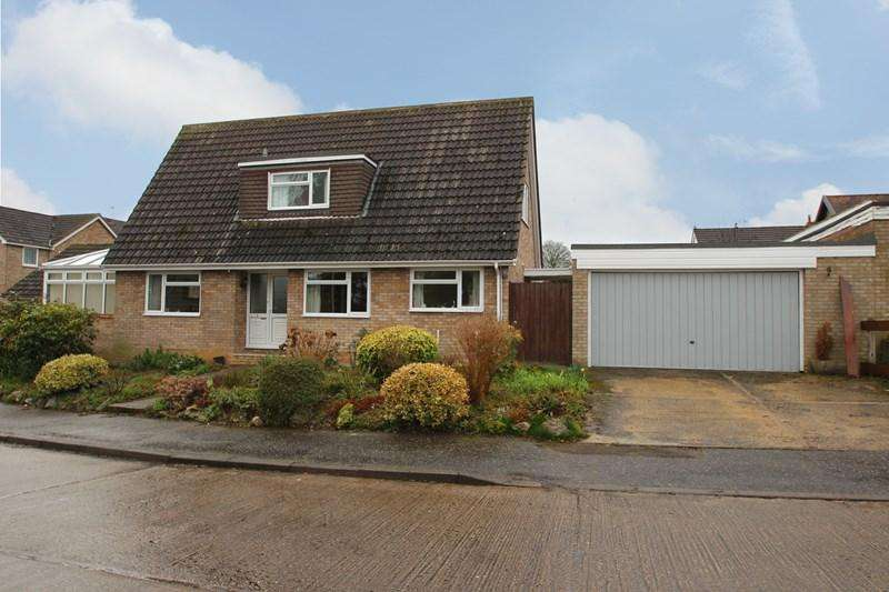 3 Bedrooms Detached House for sale in Monks Road, Earls Colne, Colchester
