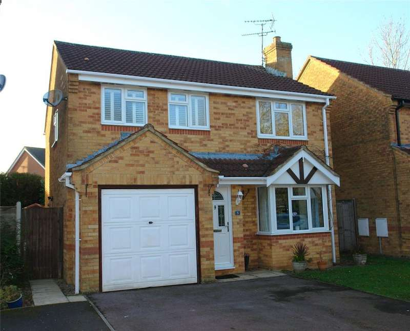4 Bedrooms Detached House for sale in Thirsk Close, Chippenham, Wiltshire