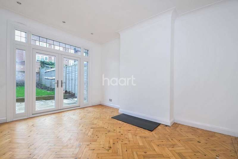 3 Bedrooms Terraced House for sale in Hillworth Road, Brixton, SW2