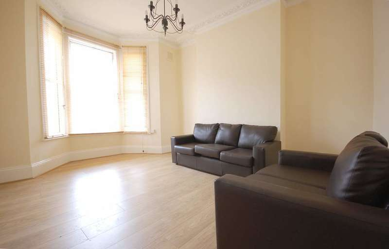 3 Bedrooms Maisonette Flat for sale in Bravington Road, Maida Hill, London, W9