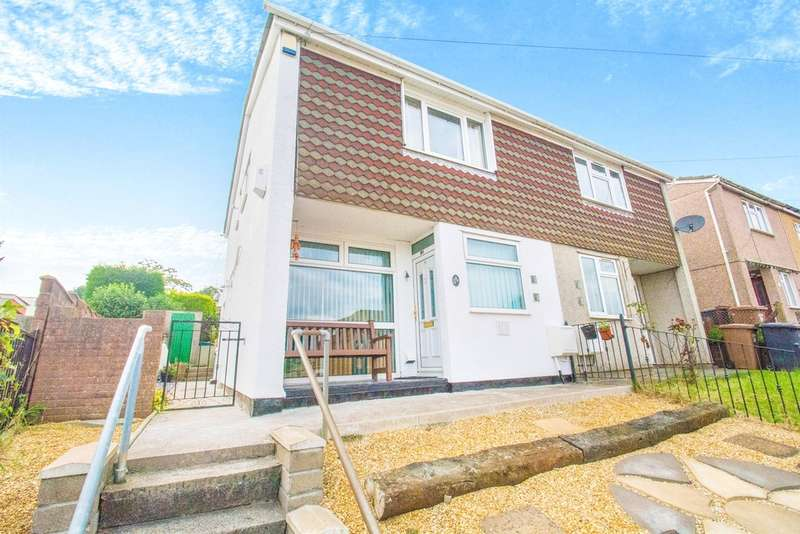 2 Bedrooms Semi Detached House for sale in Albany Road, Blackwood