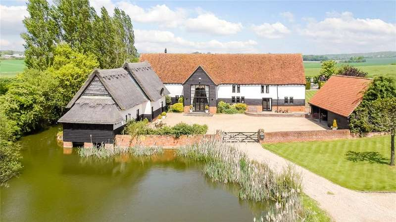5 Bedrooms Unique Property for sale in High Cross Lane, Bacon End, Dunmow, Essex, CM6