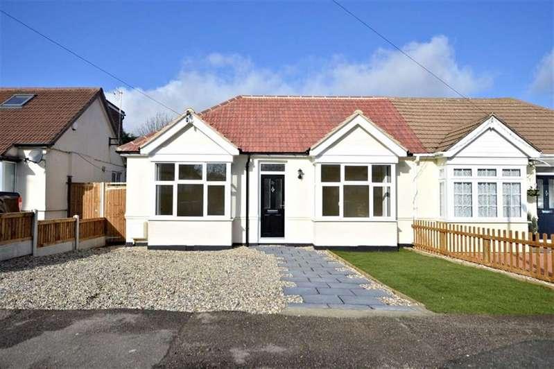 3 Bedrooms Property for sale in Bassett Gardens, North Weald