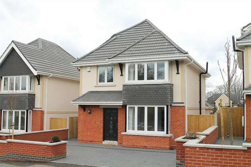 4 Bedrooms Detached House for sale in Camberley, Surrey