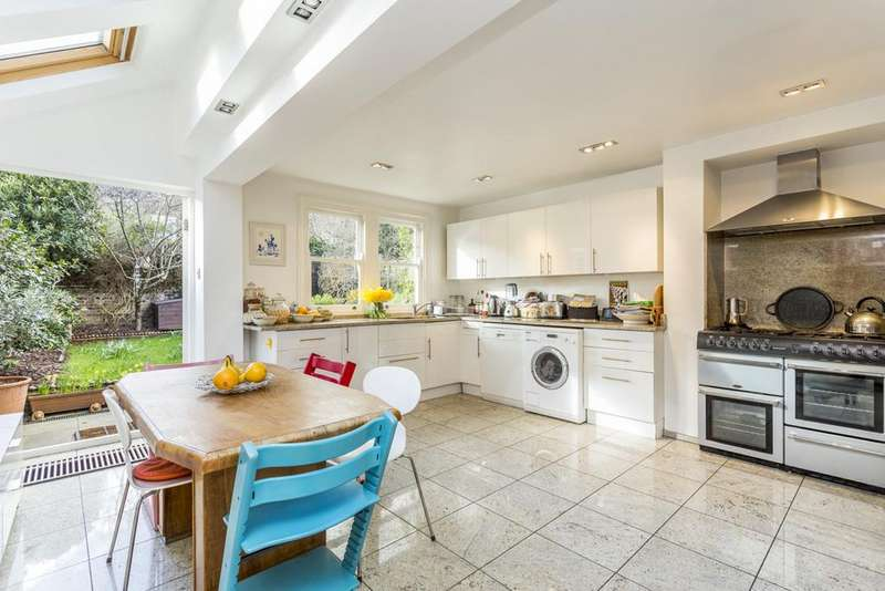 5 Bedrooms Terraced House for sale in Bloemfontein Avenue, Shepherds Bush, London, W12