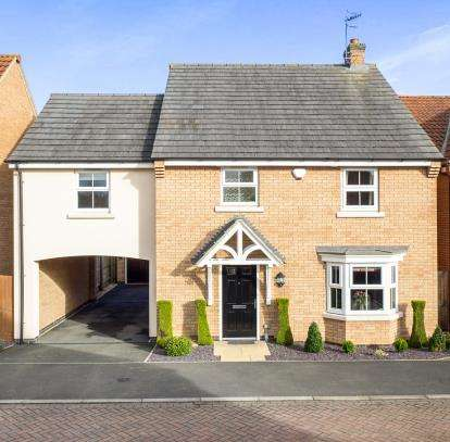 4 Bedrooms Detached House for sale in Bowden Avenue, Bestwood Village, Nottingham, Nottinghamshire
