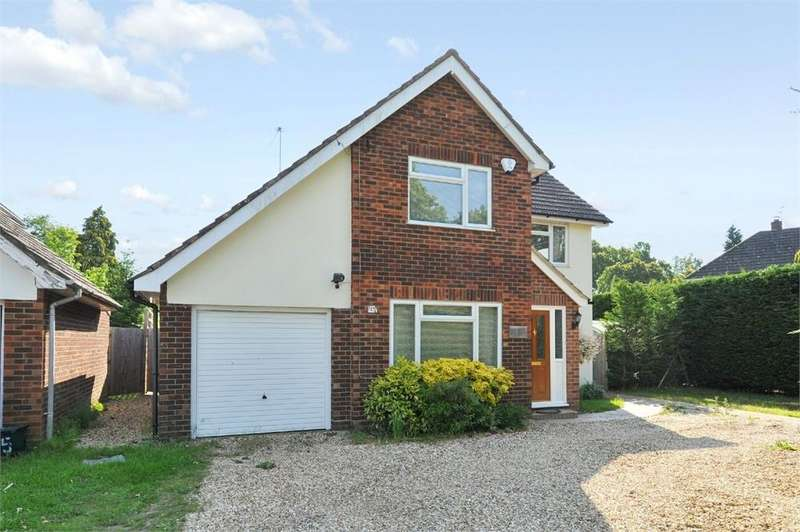 4 Bedrooms Detached House for sale in 17 School Hill, Wrecclesham, Farnham