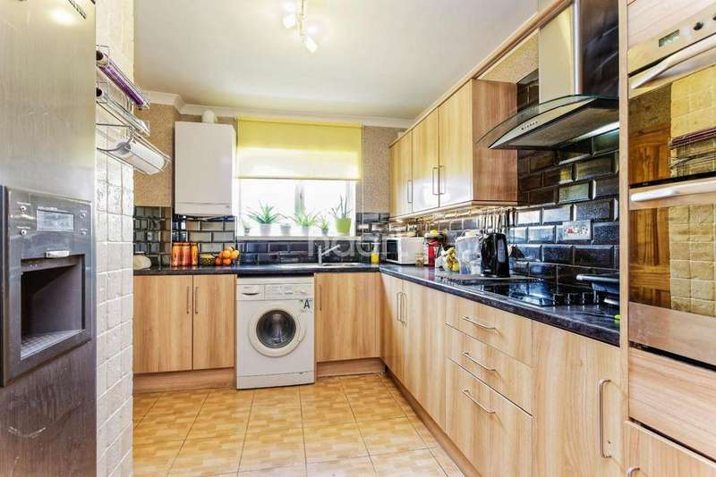 4 Bedrooms Terraced House for sale in GREENSIDE