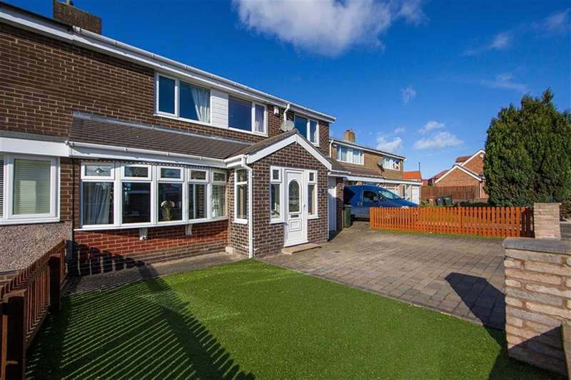 4 Bedrooms Semi Detached House for sale in Ridsdale Close, Kings Estate, Wallsend, NE28
