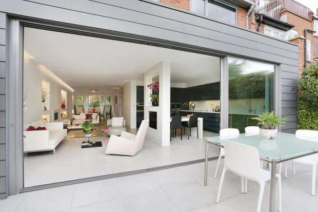 4 Bedrooms Terraced House for sale in Hornsey Lane, Highgate, London, N6
