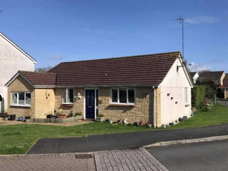 3 Bedrooms Detached Bungalow for sale in Old Chapel Way, Millbrook