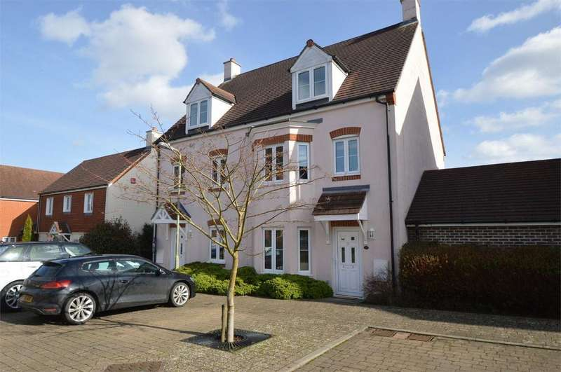 3 Bedrooms Town House for sale in Hanbury Square, PETERSFIELD, Hampshire