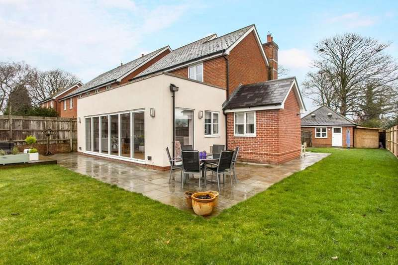 4 Bedrooms Detached House for sale in Fryers Close, Kings Worthy, Winchester, SO23