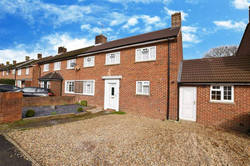 3 Bedrooms House for sale in New Causeway, Reigate