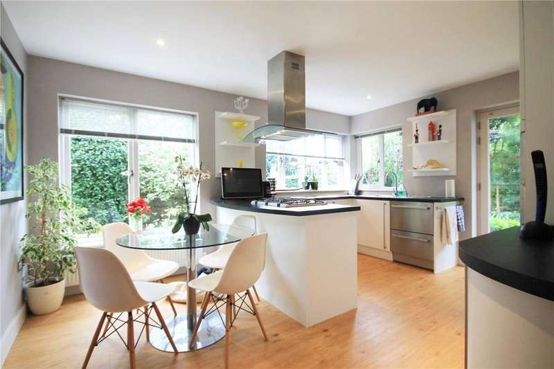 4 Bedrooms Detached House for sale in West Drive, Highfields Caldecote, Cambridge, CB23