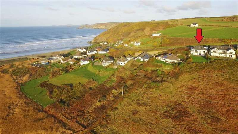 4 Bedrooms Property for sale in Newgale, Haverfordwest