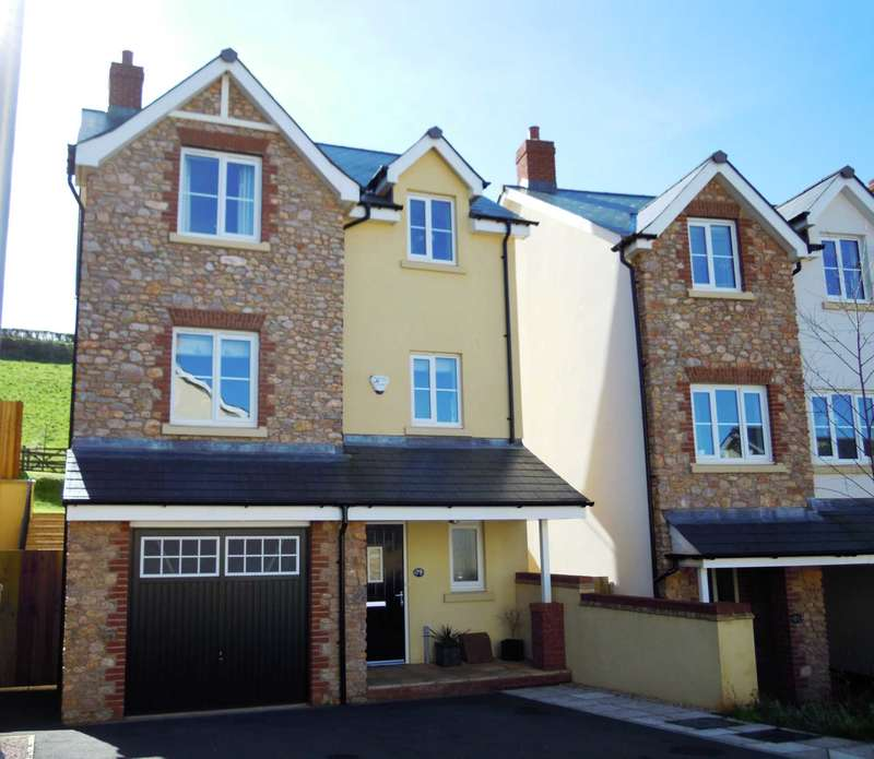 4 Bedrooms Detached House for sale in Charles Road, Kingskerswell