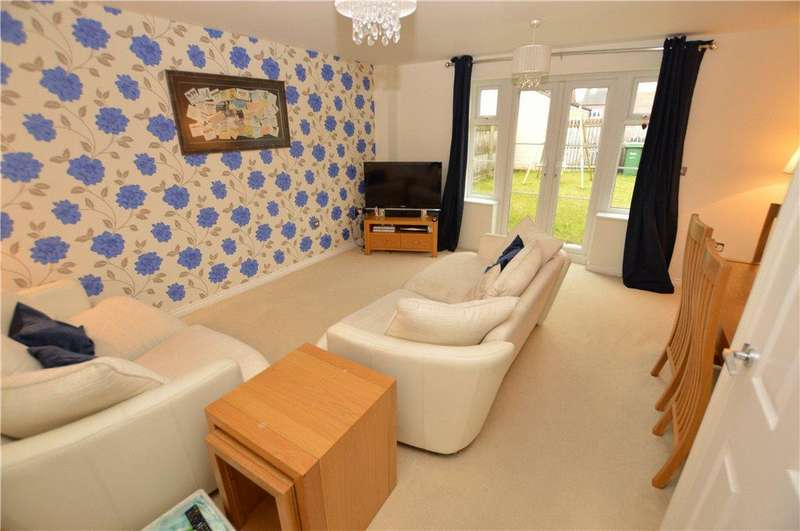 3 Bedrooms Semi Detached House for sale in Lingwell Gate Lane, Thorpe, Wakefield, West Yorkshire