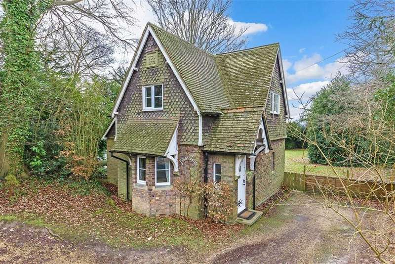 3 Bedrooms Detached House for sale in Main Road, Crockham Hill, Kent