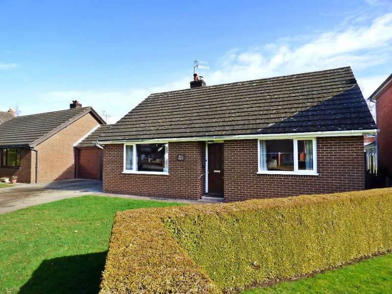 2 Bedrooms Detached Bungalow for sale in Peterchurch, Hereford