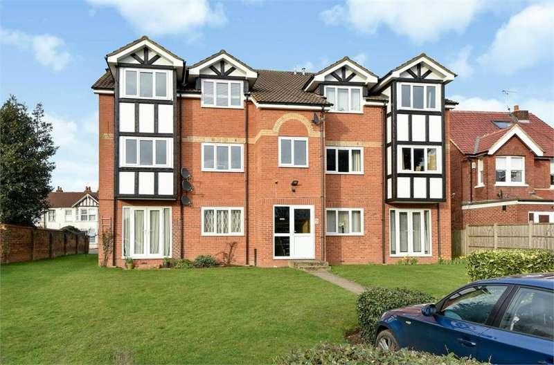 1 Bedroom Flat for sale in Skye Lodge, 40 Lansdowne Avenue, Slough, Berkshire