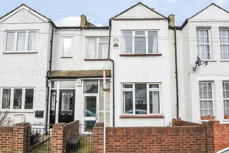 3 Bedrooms Terraced House for sale in Godwin Road, Bromley, BR2