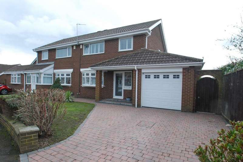 3 Bedrooms Semi Detached House for sale in Sandalwood, South Shields