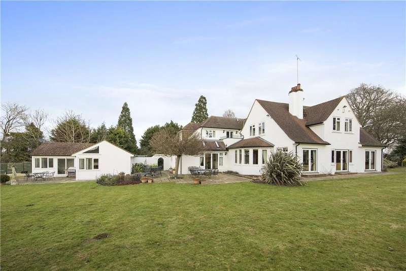 5 Bedrooms Detached House for sale in Horsley Road, Downside, Cobham, Surrey, KT11