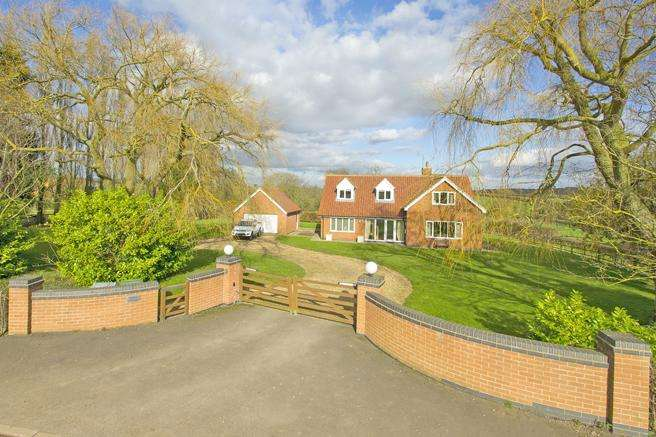 4 Bedrooms Detached House for sale in Willow Cottage, Norwell Woodhouse, Nottinghamshire NG23 6NG