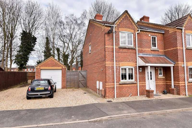 3 Bedrooms Semi Detached House for sale in Kings Court, Kirton