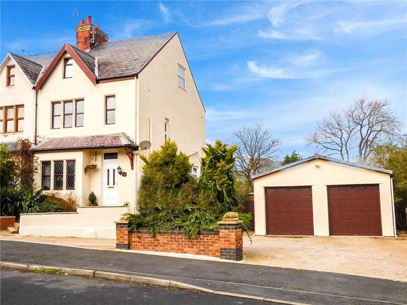 3 Bedrooms Semi Detached House for sale in Cornwall Place, Marton, Blackpool
