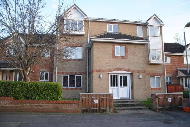 1 Bedroom Flat for sale in Barnum Court, Rodbourne, Swindon