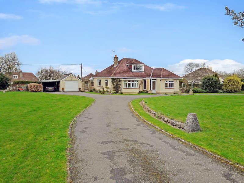 4 Bedrooms Detached House for sale in Longsplatt, Kingsdown
