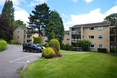 3 Bedrooms Flat for rent in Laurel Court, Endcliffe, S10 3DU